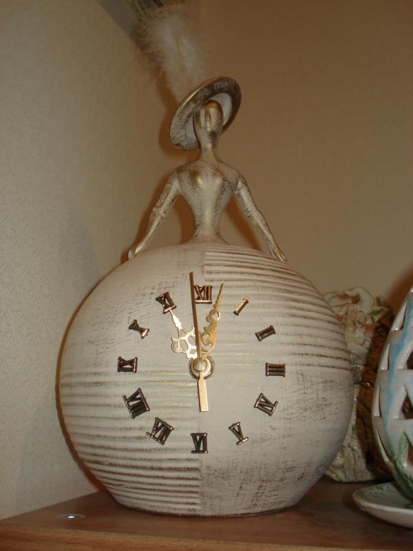 Барышни с часовым механизмом (Фото 3)