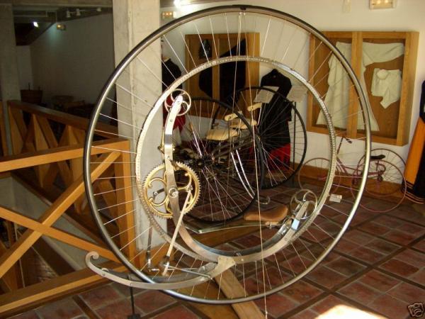 Steampunk Monowheel (Фото 9)