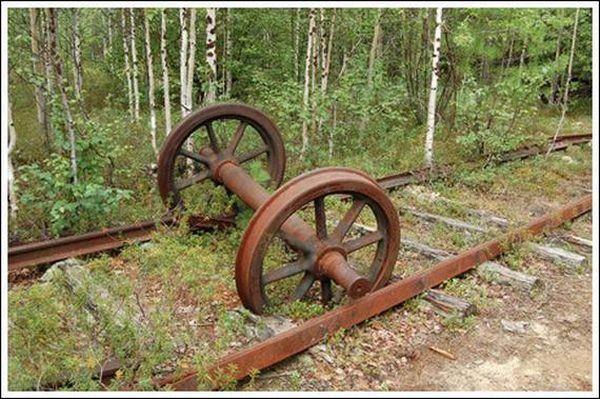 Кладбище паровозов (Фото 7)