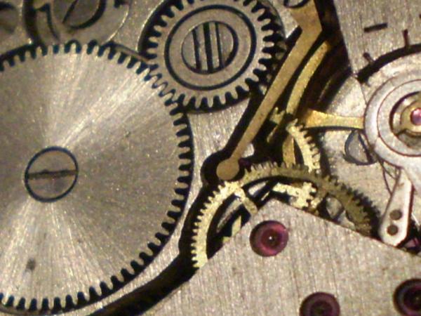 Часовой механизм в макро съёмке