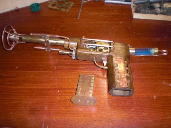пистоль (Фото 5)